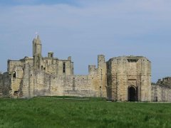 Warkworth-Castle.jpg
